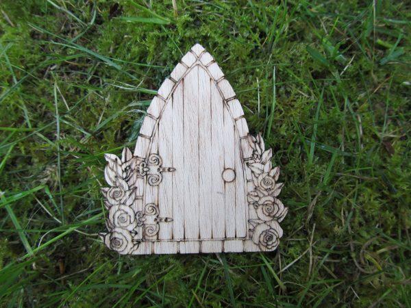 Rose-Arch Oak Fairy Door